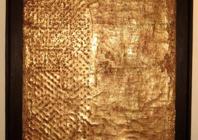 pannello in stucco foglia d oro con ossidazione e patina